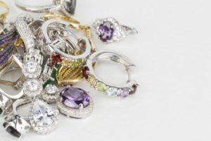Comment nettoyer efficacement les bijoux avec bac à ultrasons?